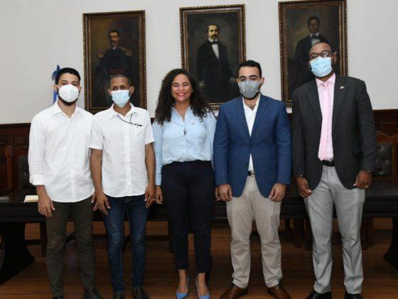 Oficina provincial en Santiago del Ministerio de la Juventud convoca al Premio Nacional de la Juventud 2022