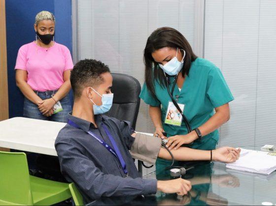 Ministerio de la Juventud realiza operativo médico para sus colaboradores